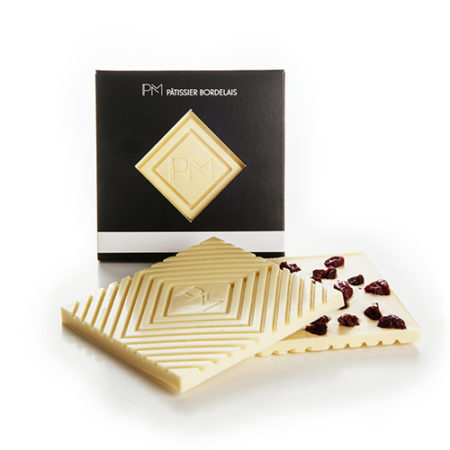 Ivory chocolate tablet 32% and cranberries