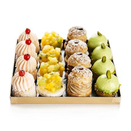 tray 16 sweets